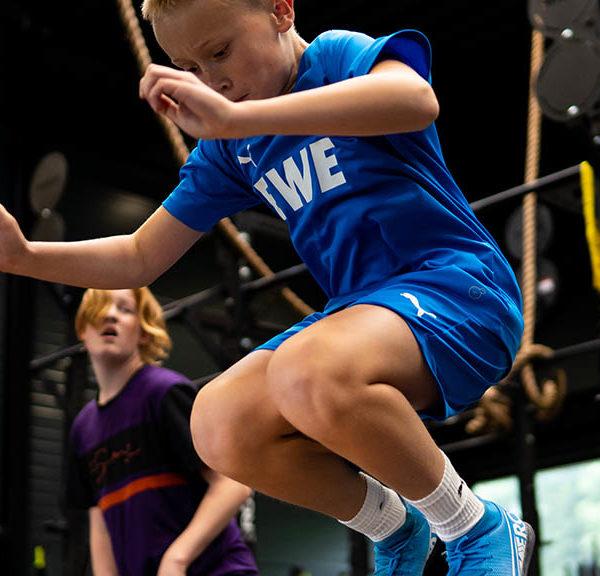 mpower-lohne_jump-kid
